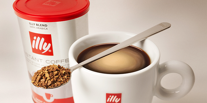 illy Instant Coffee with illy mug